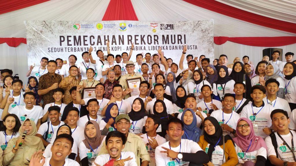 Volunteer MURI International Coffee Day 2019